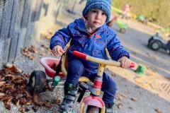 fahrradfahren-kleine-kinder-kita-gwunderwelt