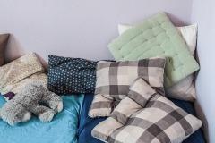kita-gwunderwelt-schlafraum-mit-viel-kissen